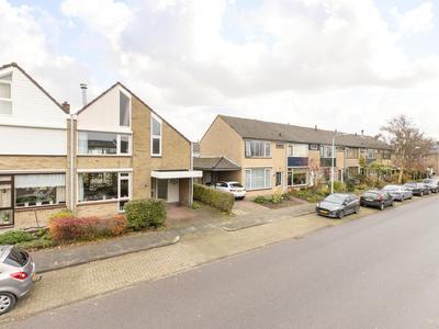 Smitsweg 42 in Hellevoetsluis 3222 AH