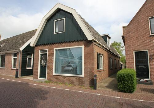Dorpsstraat 52 in Graft 1484 EL