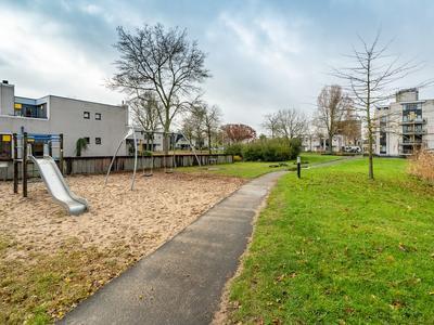 Reeuwijkpolderplantsoen 11 in Gouda 2807 LX