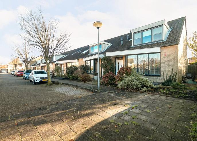 Cissy Van Marxveldtstraat 19 in Spijkenisse 3207 WL