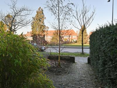 Eemnesserweg 278 in Hilversum 1223 GK