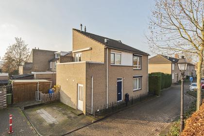 Oranjeplein 3 in Leerdam 4141 AR