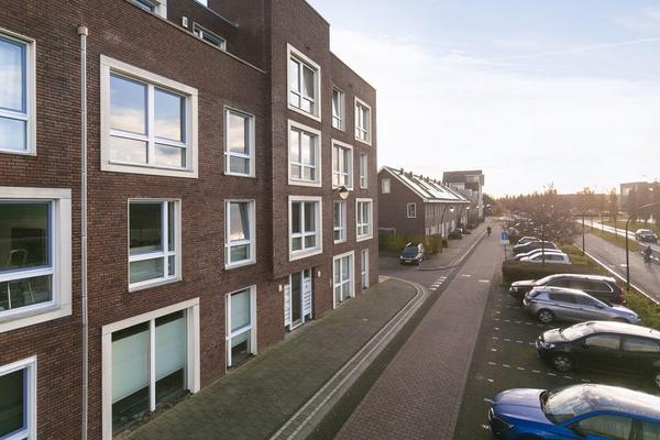 De Hoevens 72 in Hooglanderveen 3829 GP