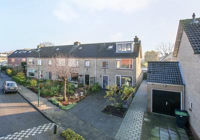 Helena Rietbergstraat 15 in Oudewater 3421 CK