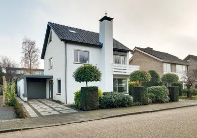 Pastoor Claassenstraat 6 in 'S-Hertogenbosch 5236 XE