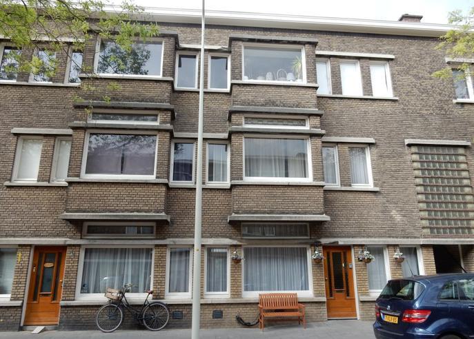 Van Heutszstraat 169 in 'S-Gravenhage 2593 PH