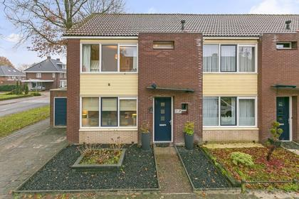 Cato Elderinkstraat 1 in Losser 7582 ZS
