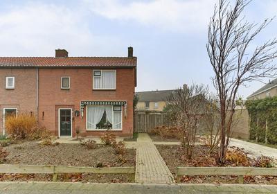 Eemstraat 19 in Nieuwendijk 4255 VN