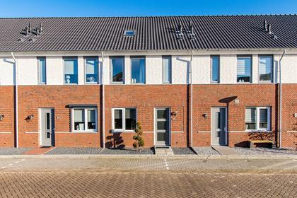 Burgemeester Van Dijkstraat 6 B in Veen 4264 RZ