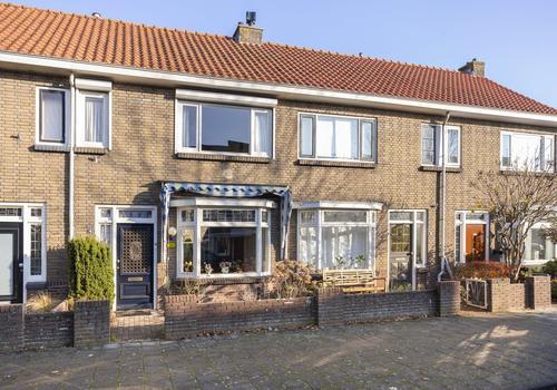 Apeldoornsestraat 4 in Kampen 8266 AL