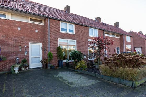 Violenstraat 7 in Winterswijk 7102 CN