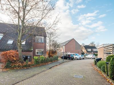Zetveld 149 in Heerenveen 8447 BD