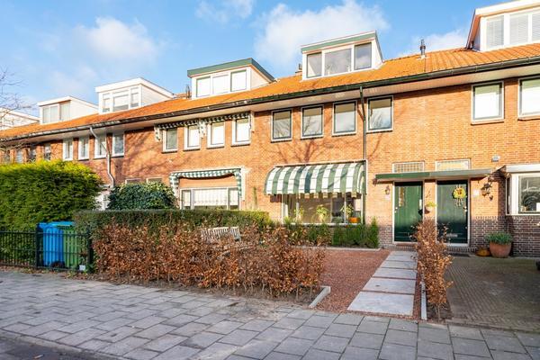 Van Zuylen Van Nijeveltstraat 274 in Wassenaar 2242 LM