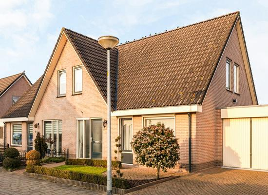 Willem Alexanderstraat 8 in Randwijk 6668 CD