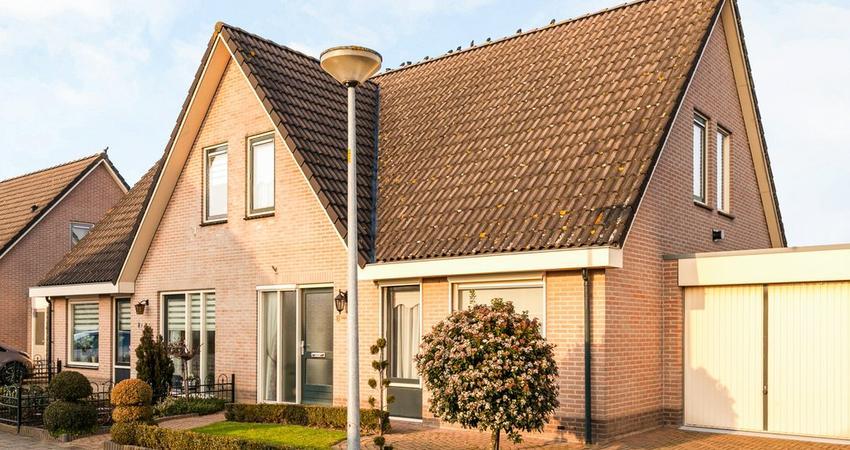 Willem Alexanderstraat 8 in Randwijk 6668 CD
