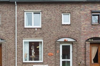 Dorpstraat 4 in Jabeek 6454 AG