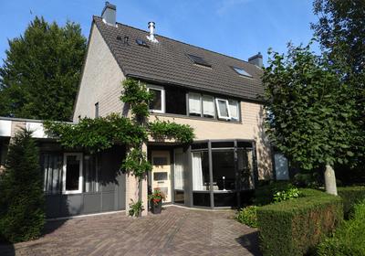 De Jagershuizen 7 in Apeldoorn 7316 NA