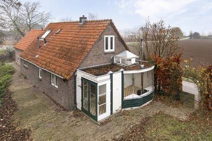 Rozenstraat 1 in Andelst 6673 AG