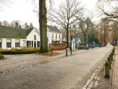 Dorpsstraat 19 in Lage Vuursche 3749 AC
