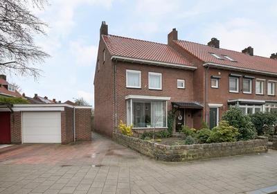 Oranjestraat 1 in Venlo 5913 SX