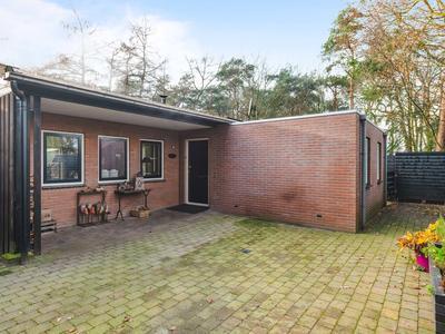 Schoolbosdwarsweg 9 in Heino 8141 PT