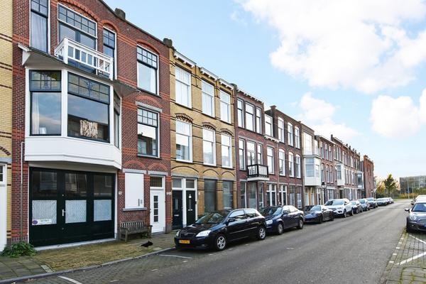 2E Antonie Heinsiusstraat 96 in 'S-Gravenhage 2582 VW