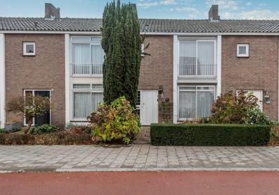 Oostende 155 in Helmond 5701 SM