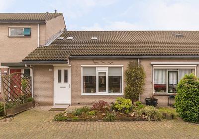 Baroniehof 115 in Helmond 5709 HK