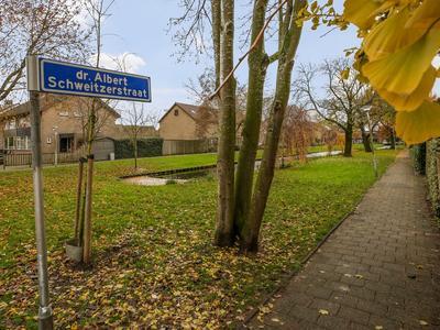 Dr Albert Schweitzerstraat 35 in Bergambacht 2861 XZ