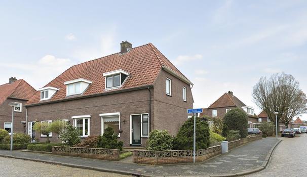 Prins Mauritsstraat 27 in Nijverdal 7443 ZG