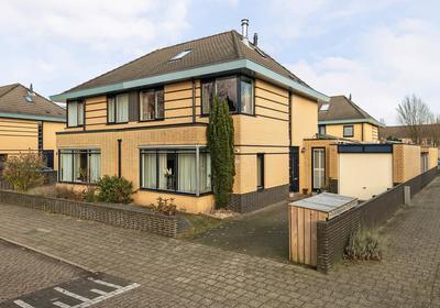 Belle Van Zuylenbrink 14 in Apeldoorn 7321 HR