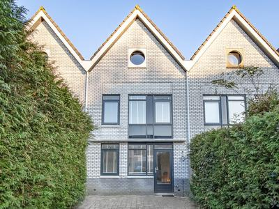 George Formbystraat 5 in Almere 1325 CX