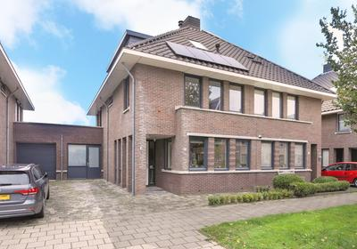 Vogellaan 77 in Uithoorn 1422 WN