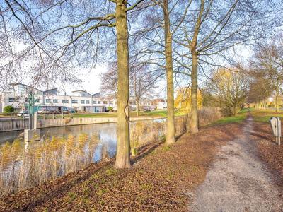 Stijn Streuvelshof 12 in Almere 1321 AA