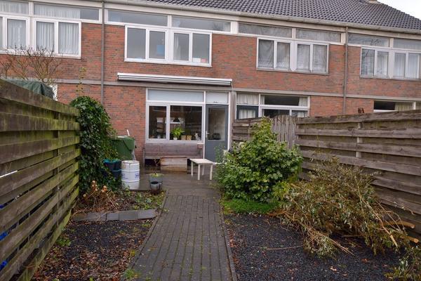 Dotterhof 40 in Heerenveen 8446 BL