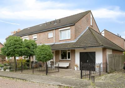 Veenhof 1707 in Wijchen 6604 AZ