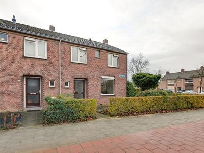 Koninginnelaan 120 in Roermond 6043 AJ