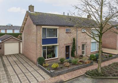 Beatrixstraat 16 in Schaijk 5374 BT