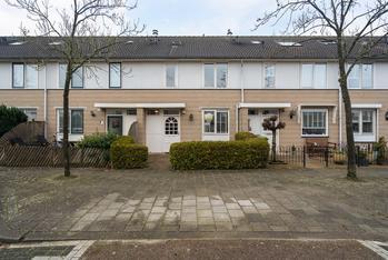 Elvis Presleystraat 107 in Almere 1311 HP