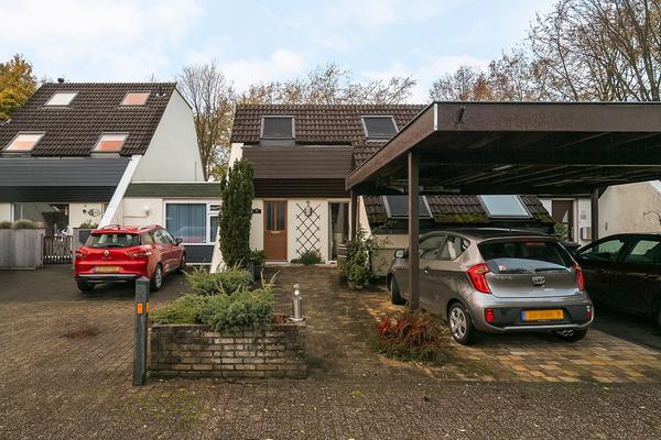 Klokkengietershoeve 102 in Apeldoorn 7326 SC