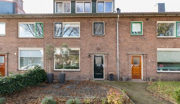 Curacaostraat 10 in Santpoort-Noord 2071 XH