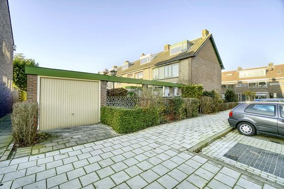 Van Swietenstraat 47 in Zoeterwoude 2381 TJ