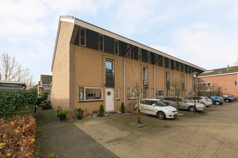 Hofje Van Staats 12 in Krimpen Aan Den IJssel 2926 RK