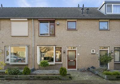 Meester Van Oeffelstraat 8 in 'S-Hertogenbosch 5237 KN