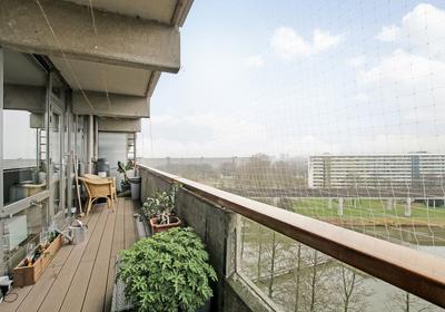 Kleiburg 1003 in Amsterdam 1104 EA