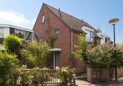 Grevenstukstraat 2 in Baambrugge 1396 LB