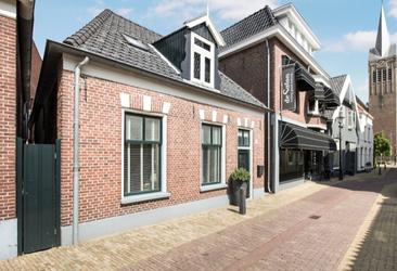 Julianastraat 11 in Rijssen 7461 DC