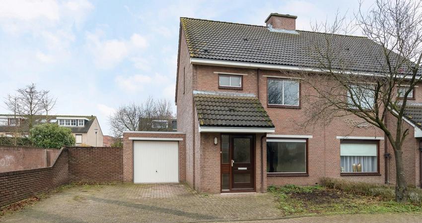 Liefkenshoekstraat 47 in Tilburg 5045 XC