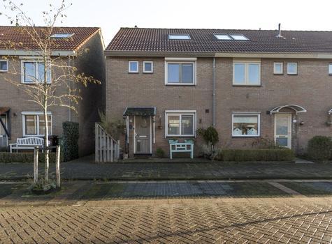 Jeltje De Bosch Kemperstraat 36 in Alphen Aan Den Rijn 2401 KA