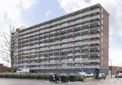 Karel De Grotelaan 12 in Deventer 7415 DA